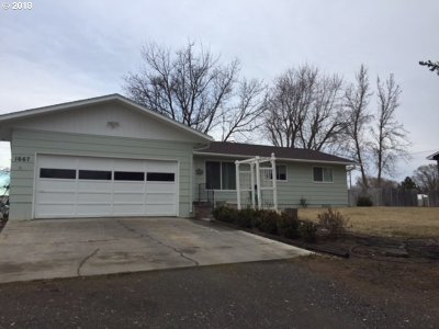 Hermiston Single Family Home For Sale: 1667 Vincent Ln
