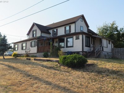 Coquille Single Family Home For Sale: 626 N Collier St