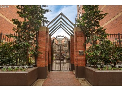 Condo/Townhouse For Sale: 1500 SW Park Ave #101