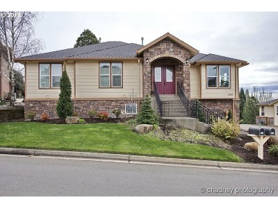 Gresham Single Family Home For Sale: 1543 SW Walters Loop