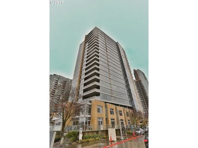 Condo/Townhouse For Sale: 836 SW Curry St #1306