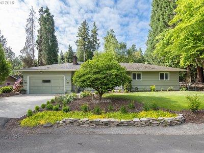 West Linn Single Family Home For Sale: 3780 Cedaroak Dr
