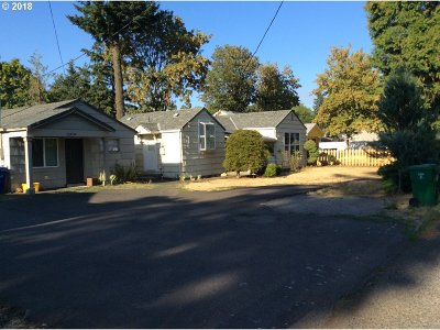 Portland OR Multi Family Home For Sale: $408,000