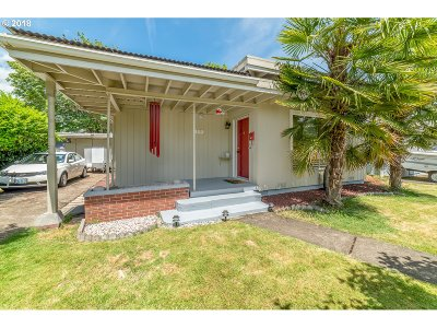 Cottage Grove, Creswell Single Family Home For Sale: 518 Taylor Ave