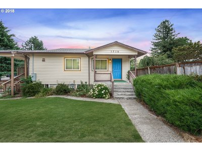 Oregon City Single Family Home For Sale: 1714 9th St