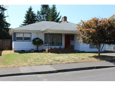 Portland Single Family Home For Sale: 5131 SE 86th Ave