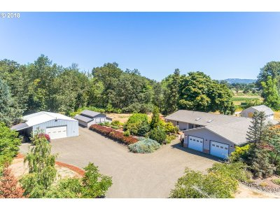 Roseburg Single Family Home For Sale: 3279 Melrose Rd