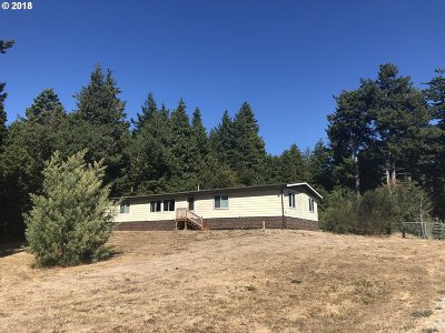 Bandon Single Family Home For Sale: 87473 Jean Dr