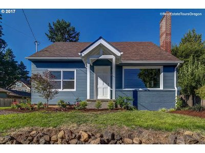 Single Family Home For Sale: 1235 SW Carson St