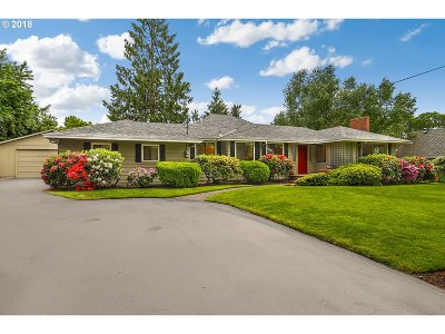 Lake Oswego Single Family Home For Sale: 5564 Bonita Rd