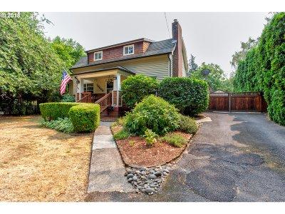 Single Family Home For Sale: 10608 NE Skidmore St