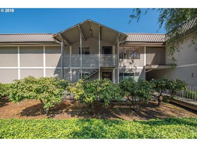Lake Oswego Condo/Townhouse For Sale: 750 1st St #A-10
