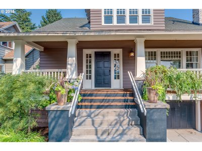 Portland Single Family Home For Sale: 3622 SE 26th Ave