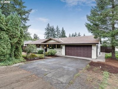 Single Family Home For Sale: 17460 SE Sunnyside Rd