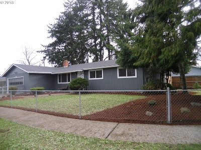 Springfield Single Family Home For Sale: 461 S 39th Pl