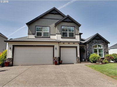 Milwaukie, Clackamas, Happy Valley Single Family Home For Sale: 10996 SE Lenore St