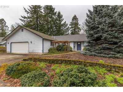 Cottage Grove, Creswell Single Family Home For Sale: 1255 Edgewater Ln