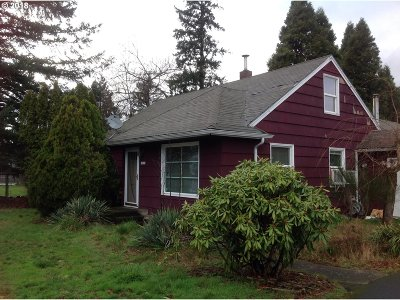 Portland Single Family Home For Sale: 18325 NE Glisan St