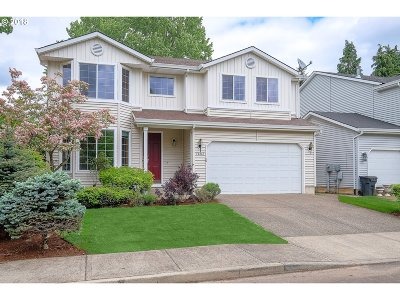 Tigard Single Family Home For Sale: 12263 SW Hollow Ln