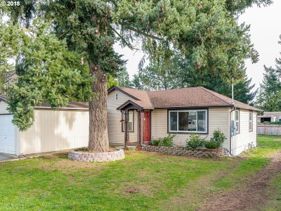 Portland Single Family Home For Sale: 4024 SE 98th Ave