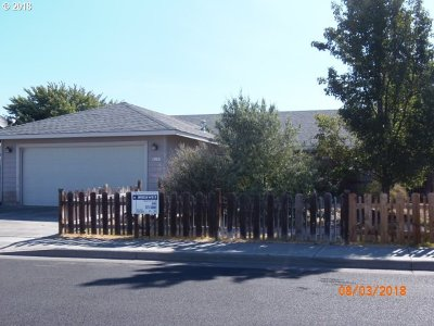 Hermiston Single Family Home For Sale: 1382 SW River Hill Dr