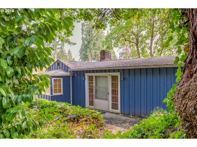 West Linn Single Family Home For Sale: 2108 SW Mossy Brae Rd