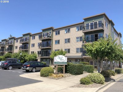 Florence Condo/Townhouse Pending: 211 Harbor St #32