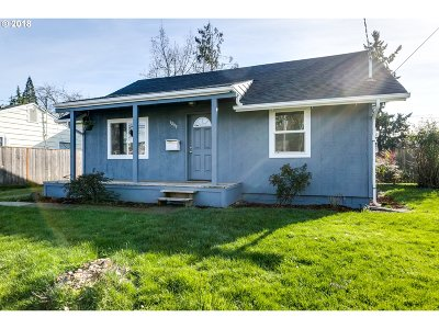 Springfield Single Family Home For Sale: 1899 J St