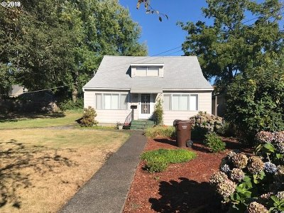Oregon City Single Family Home For Sale: 1207 Division St