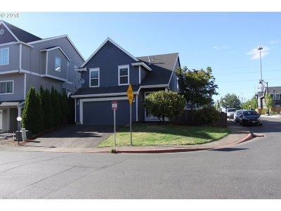 Beaverton Single Family Home For Sale: 21505 NW Kian Ln