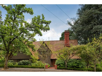 Single Family Home For Sale: 2875 SW Fairview Blvd