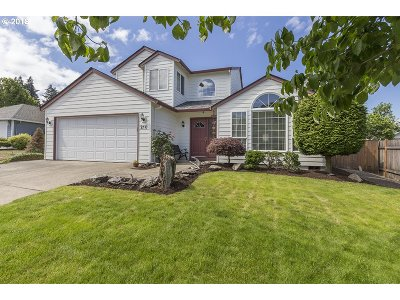 Columbia City Single Family Home For Sale: 210 Spinnaker Way