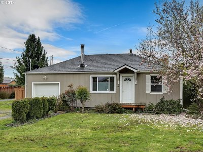 Hillsboro, Cornelius, Forest Grove Single Family Home For Sale: 1416 NE Sunrise Ln