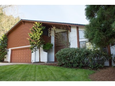West Linn Single Family Home For Sale: 1431 Killarney Dr