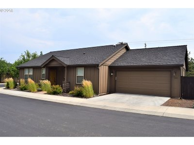 Bend Single Family Home For Sale: 1235 NE Shane Ln