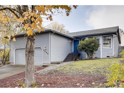 Beaverton Single Family Home For Sale: 7955 SW 131st Ave