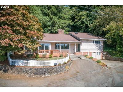 Coos Bay Single Family Home For Sale: 790 N 7th Tr