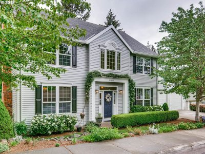 Beaverton Single Family Home For Sale: 20415 SW Tremont Way