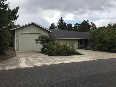 Single Family Home Sold: 4814 Oceana Dr