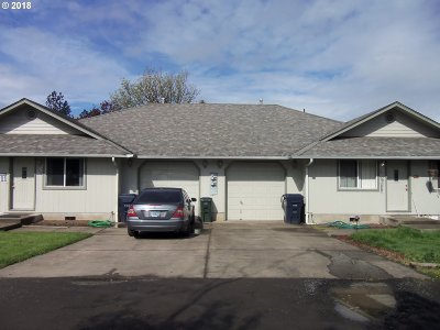 Cottage Grove, Creswell Multi Family Home For Sale: 300 Art Lott Ln