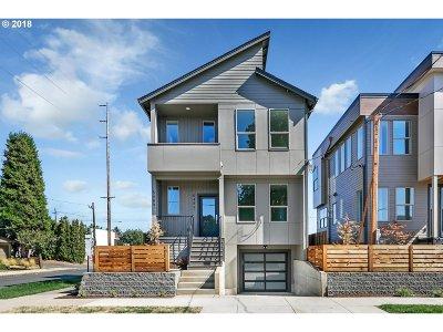 Single Family Home For Sale: 5489 N Bowdoin St