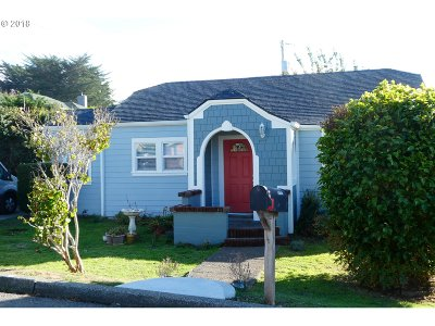 Gold Beach OR Single Family Home For Sale: $219,000