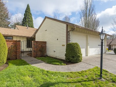 Tigard Single Family Home For Sale: 15690 SW Greenleaf Ct