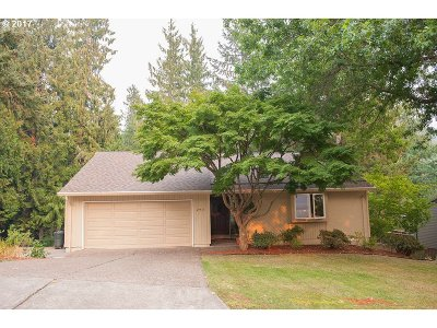 Portland Single Family Home For Sale: 290 NW Torrey View Dr