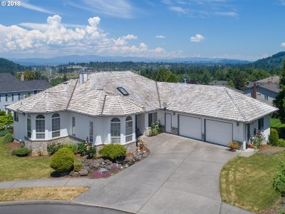 Multnomah County, Washington County, Clackamas County Single Family Home For Sale: 1932 SW Phyllis Pl