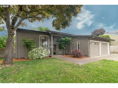 Eugene Single Family Home For Sale: 2551 Lily Ave