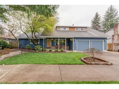 Tualatin Single Family Home For Sale: 20283 SW 70th Ave