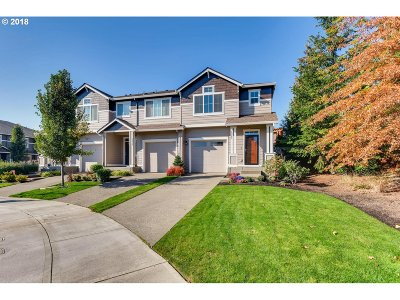 Milwaukie, Clackamas, Happy Valley Single Family Home For Sale: 15721 SE Swift Ct