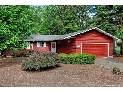 Lake Oswego OR Single Family Home For Sale: $549,900