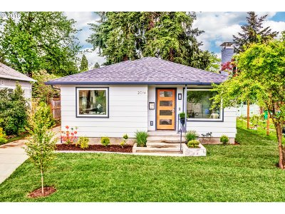 Single Family Home For Sale: 2014 NE Rosa Parks Way